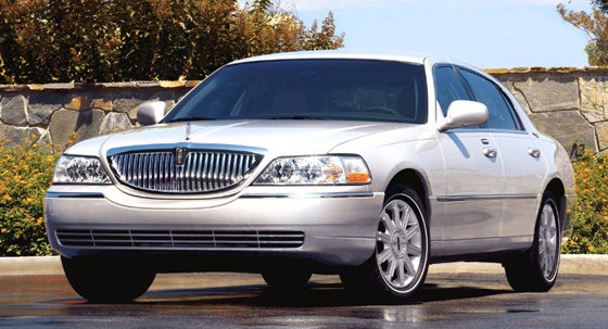 Lincoln Cars Lincoln Town Car Accessories Overview